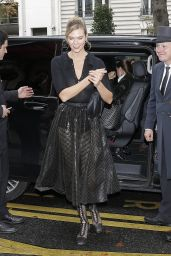 Karlie Kloss Style - At Her Hotel in Paris 09/24/2019