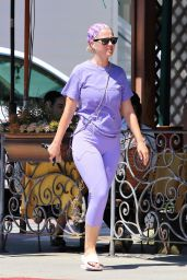 Katy Perry in Leggigns - Out in LA 09/03/2019