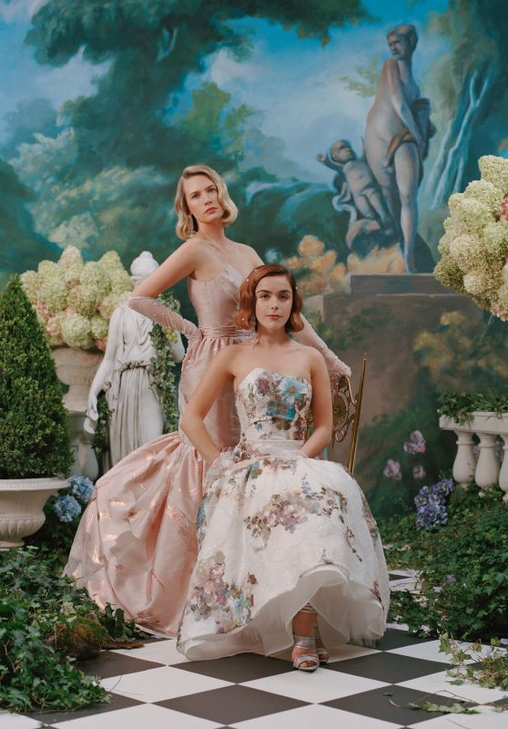 Kiernan Shipka and January Jones - Photoshoot 2019