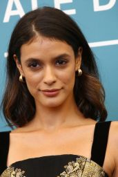 "Laysla De Oliveira - ""Guest of Honour"" Photocall at the 76th Venice Film Festival"