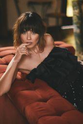 Linda Cardellini - Los Angeles Confidential Magazine September 2019 Issue