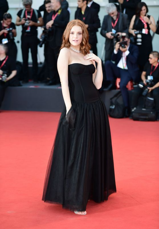 "Ludovica Bizzaglia – ""An Officer and a Spy"" Premiere at the 76th Venice Film Festival"
