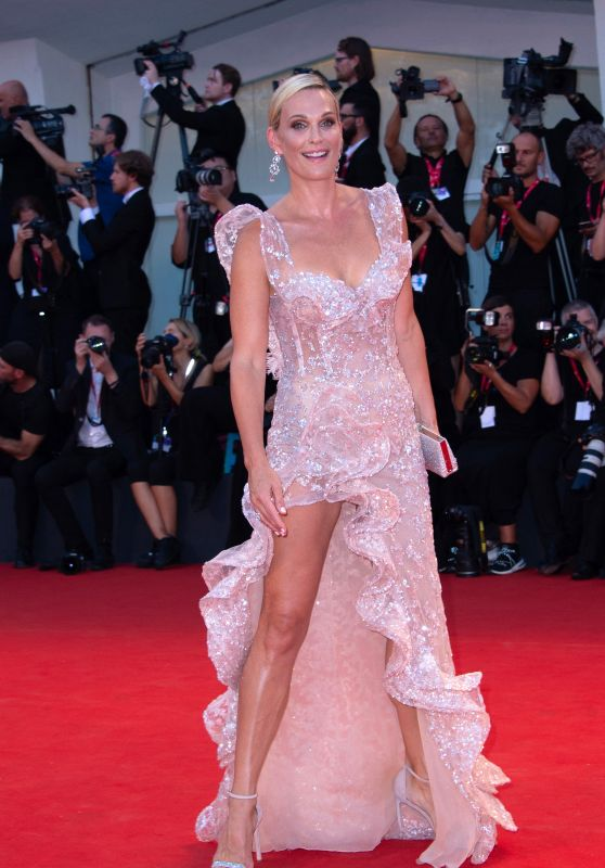 "Molly Sims on Red Carpet – ""Joker"" Screening at the 76th Venice Film Festival"
