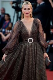 """Molly Sims - """"The Laundromat"""" Premiere at the 76th Venice Film Festival"""