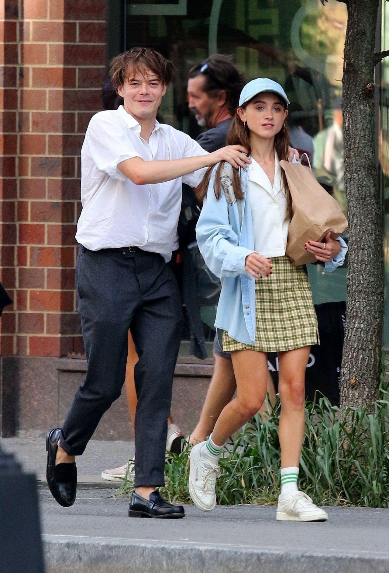 Natalia Dyer and Charlie Heaton - Manhattan's East Village ...
