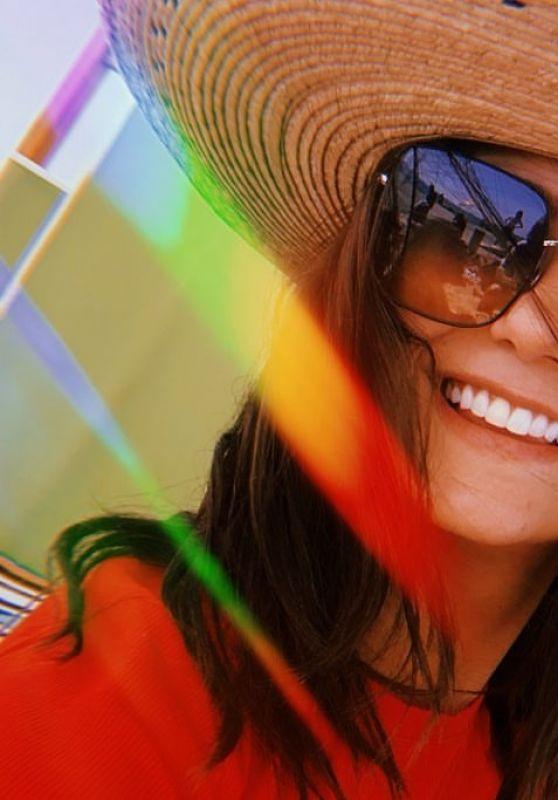 Nina Dobrev - Social Media 09/02/2019