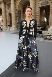 Olga Kurylenko – L'Oreal Paris Show at Paris Fashion Week 09/28/2019