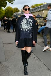 Olivia Palermo – Valentino Fashion Show in Paris 09/29/2019