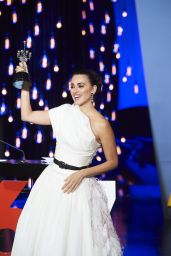 Penelope Cruz - Receives Donostia Award at San Sebastian Film Festival 09/27/2019