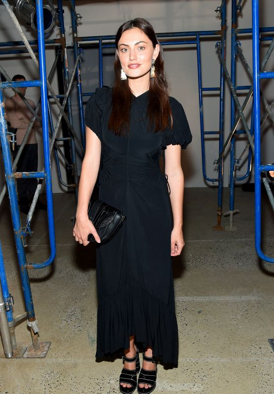 Phoebe Tonkin - Proenza Schouler Show at New York Fashion Week 09/10/2019