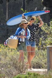 Reese Witherspoon - Beach in Malibu 09/15/2019