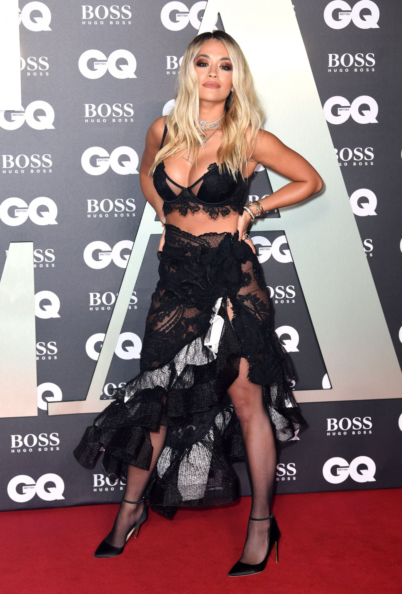 rita ora gq men   year awards