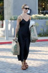 Rosie Huntington-Whiteley in Midi Dress at Whole Foods in Malibu 08/31/2019