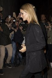 Rosie Huntington-Whiteley - Versace Fashon Show in Milan 09/20/2019