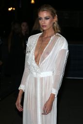 Stella Maxwell - Fashion for Relief in London 09/14/2019