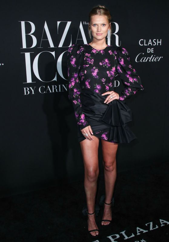 Toni Garrn – 2019 Harper's Bazaar ICONS Party in NY