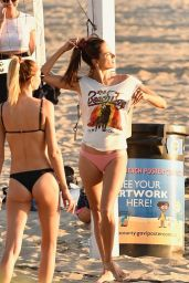 Alessandra Ambrosio - Playing Beach Volleyball in Santa Monica 10/13/2019