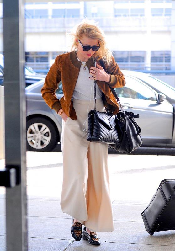 Amber Heard - Arriving at JFK Airport in New York 10/13/2019