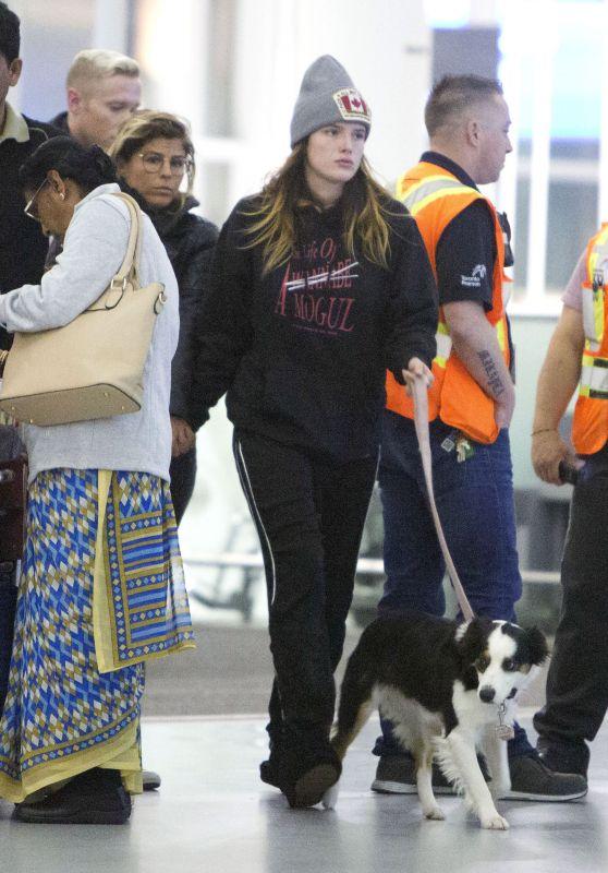 Bella Thorne and Alex Martini - Toronto Airport 10/06/2019