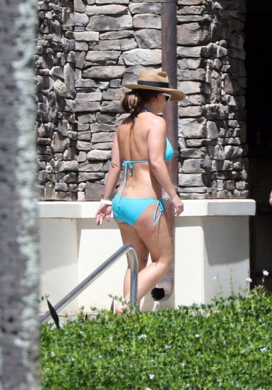 Britney Spears in a Bikini - Maui 10/08/2019