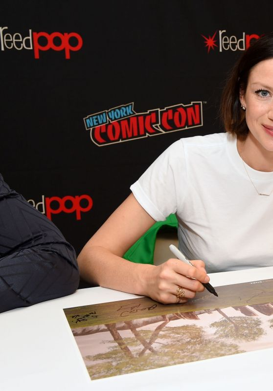 Caitriona Balfe - NYCC 2019 Autograph Session