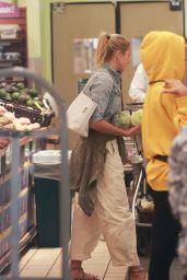 Cameron Diaz - Shopping at Whole Foods in Beverly Hills 10/11/2019