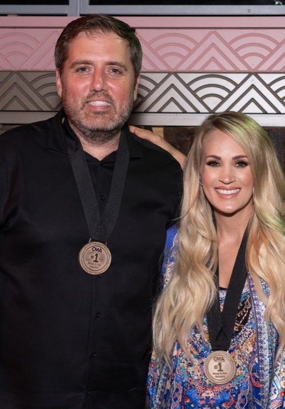 Carrie Underwood – Social Media 10/01/2019