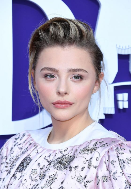 "Chloe Moretz - ""The Addams Family"" Premiere in LA"