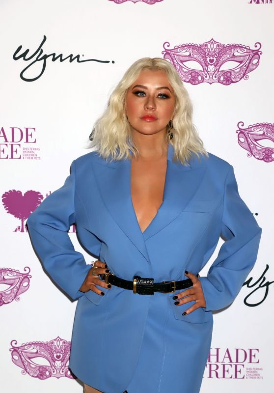 Christina Aguilera - Honored With Deacon Bonnie Polley Community Hero Award in Las Vegas