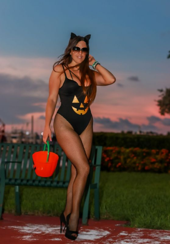 Claudia Romani - Miami Beach Bay Area in FL 10/29/2019