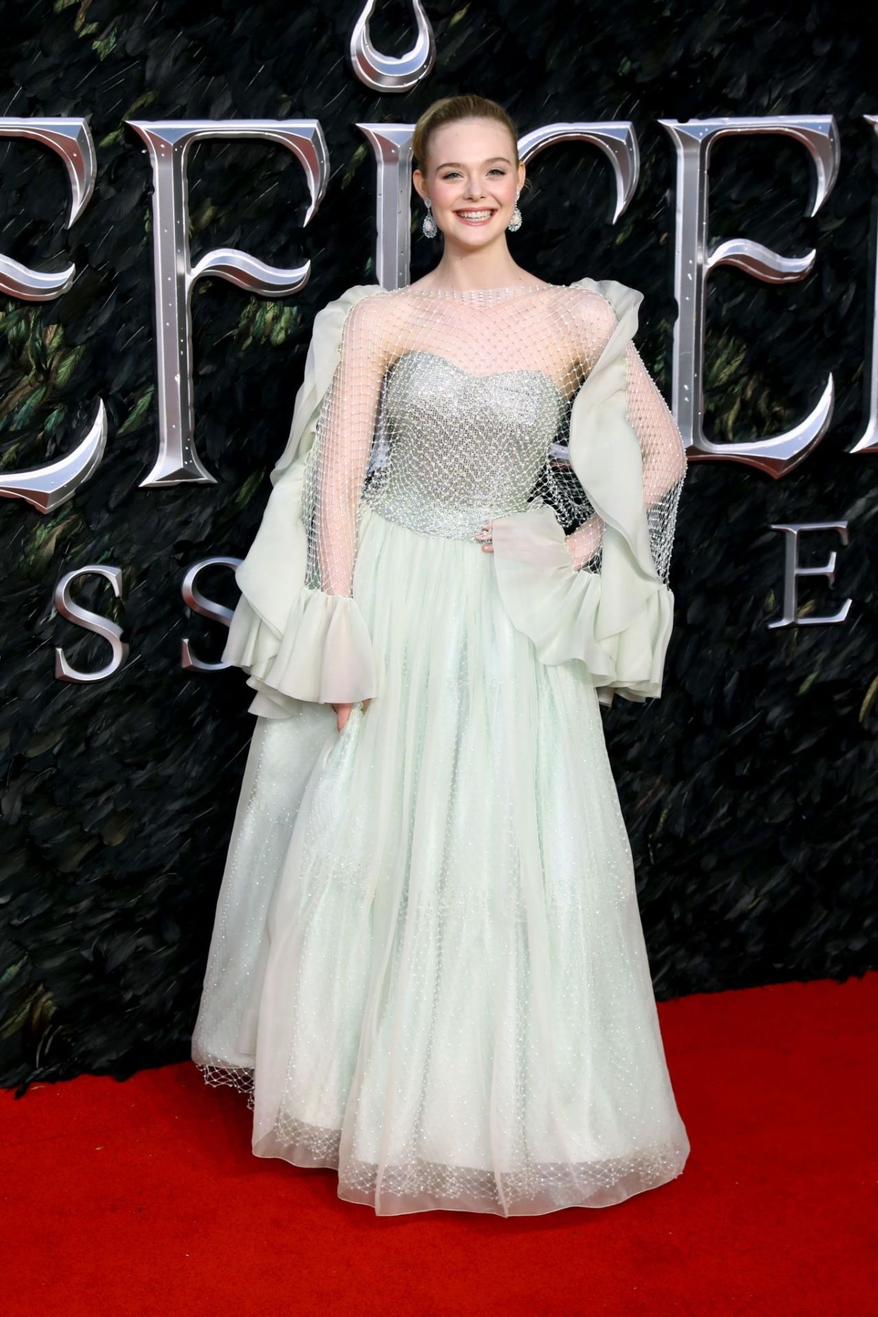 Elle Fanning Maleficent Mistress Of Evil Premiere In London