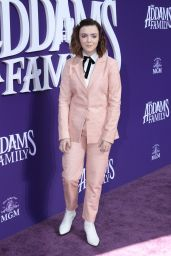 "Elsie Fisher – ""The Addams Family"" Premiere in LA"