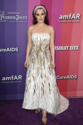 Emily Hampshire – 2019 amfAR Gala in LA