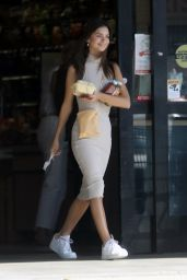 Emily Ratajkowski - Shops for Pet Supplies and Halloween Wigs in LA 10/30/2019
