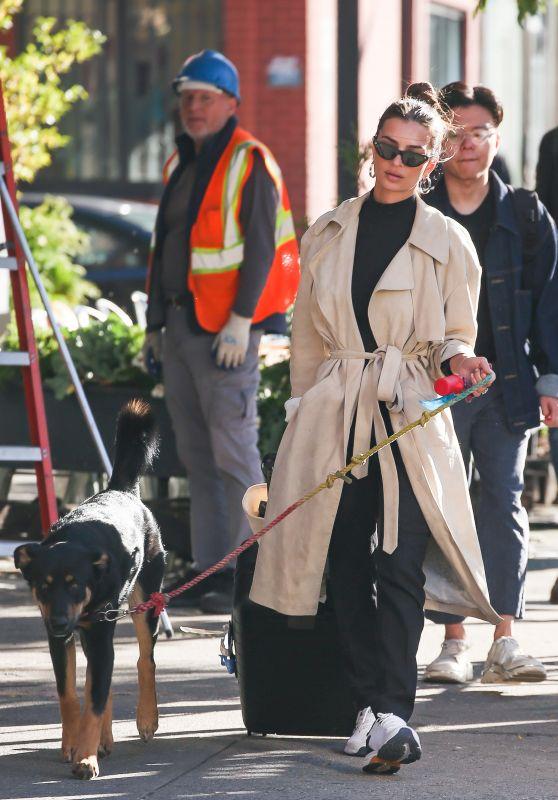 Emily Ratajkowski - Walking Colombo in NYC 10/21/2019