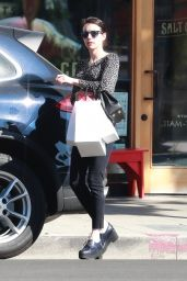 Emma Roberts - Shopping in LA 10/02/2019