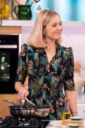 Fearne Cotton - This Morning TV Show in London 10/02/2019