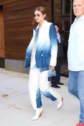 Gigi Hadid in a Blue and White Pantsuit - New York 10/19/2019