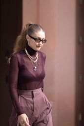 Gigi Hadid - Leaving Her Apartment in NYC 10/26/2019