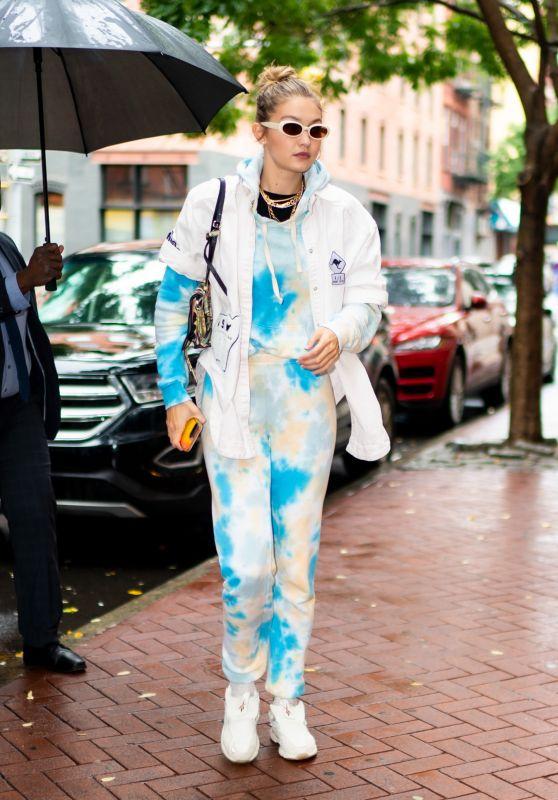 "Gigi Hadid - Outside ""Color Me Mine"" Studio in NY 10/09/2019"
