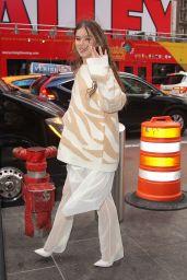 "Hailee Steinfeld - Promoting ""Dickinson"" in NYC"