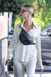 Hailey Rhode Bieber Casual Style 10/06/2019