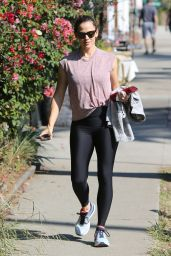 Jennifer Garner - Hits the Gym in Palisades 10/12/2019
