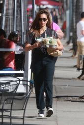 Jessica Alba - Picking Up Drinks in Beverly Hills 10/05/2019