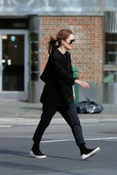 Julianne Moore in a Stylish All-Black Outfit in NYC 10/04/2019