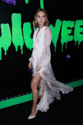 Liana Liberato – Huluween Party at NYCC 10/04/2019