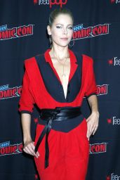 """Lily Cowles - """"Roswell, New Mexico"""" Press Room at 2019 NYCC"""