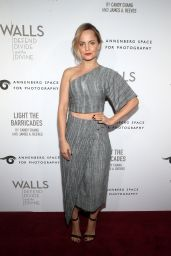 Mena Suvari – Annenberg Space For Photography's W|ALL's: Defend, Divide And The Divine Exhibit Opening in Century City 10/03/2019