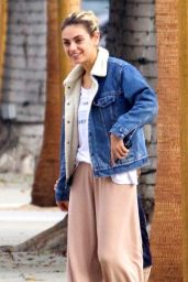 Mila Kunis - Out in Beverly Hills 10/17/2019