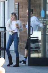 Miley Cyrus - Blue Bottle Coffee in Studio City 10/13/2019